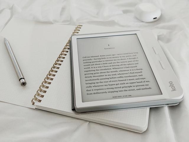 海外からも使えるおすすめ電子書籍サイト