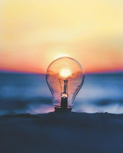 アメリカで明るい電球の選び方