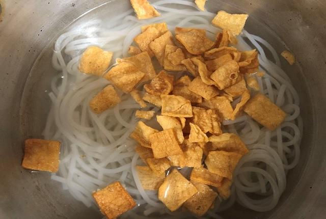 タニシビーフンの作り方 4